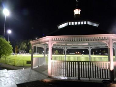 gabebo at night